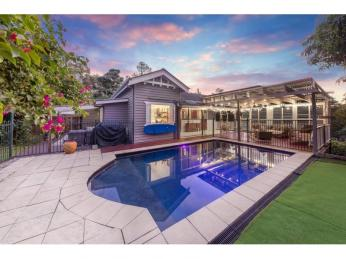 View profile: Modernised Character Filled Queenslander