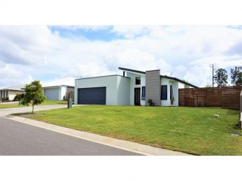 View profile: Large fenced block with modern home in sought after estate